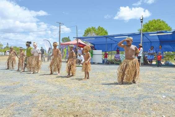 La transmission de la danse  traditionnelle au cœur du Cianaton