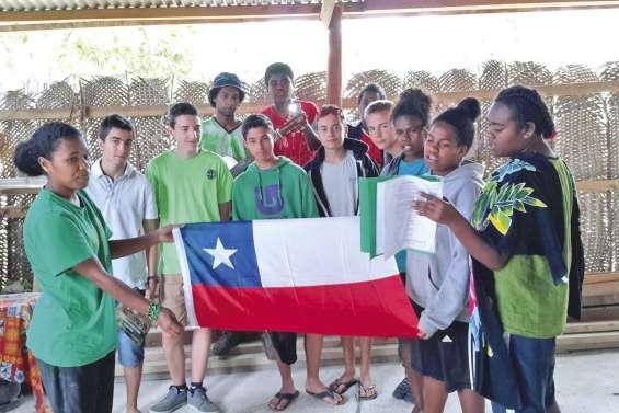 Trois jeunes Chiliens invités à découvrir Lifou