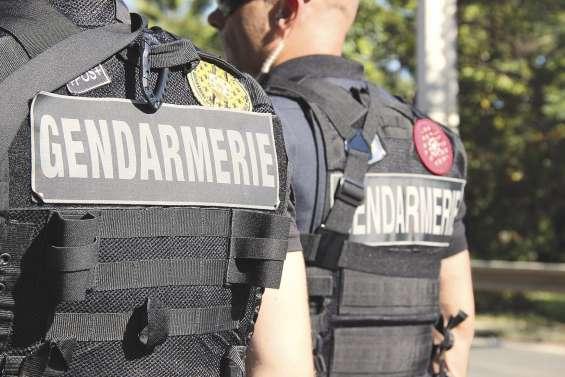 Il tire sur les gendarmes en pleine course-poursuite