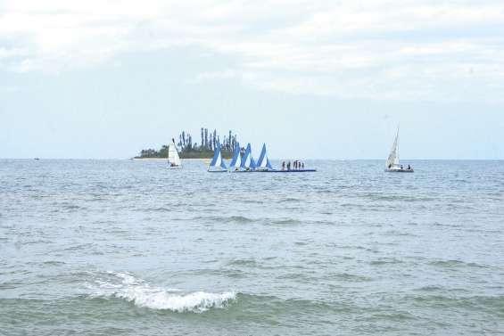 La « Mer pour tous » rassemble  un large public à la darse de Tibarama