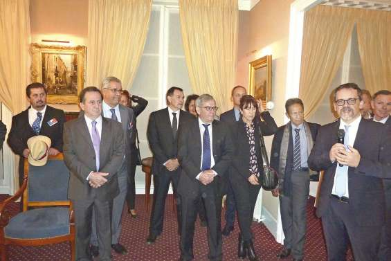 Les maires calédoniens reçus à l'Assemblée nationale