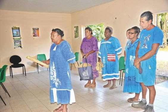 La Fédération des femmes à la rencontre de la grande chefferie