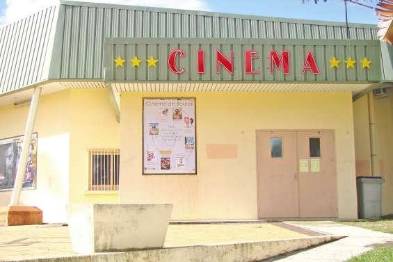 Le cinéma et la bibliothèque  partent aussi en vacances