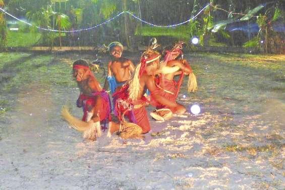 Une nuit de danses  à Wanaham