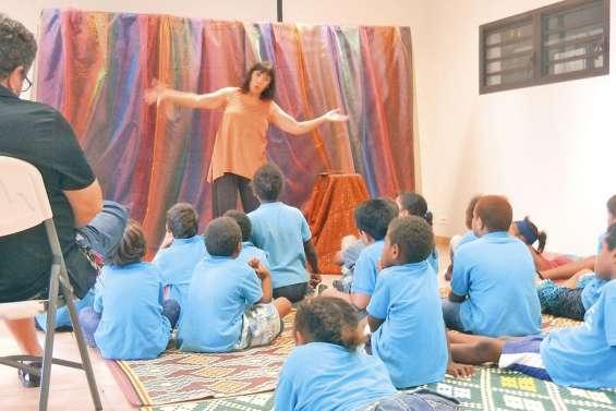Les écoliers voyagent avec Sourikiki