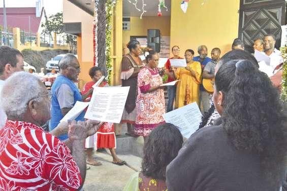 L'esprit de Noël passe par les chants et par les prières