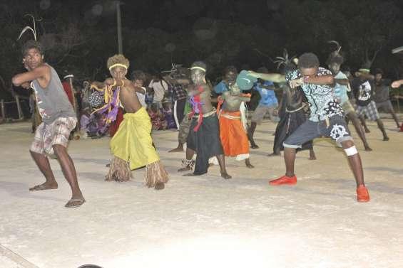 La Nuit de la danse a investi la plaine de Wanaham