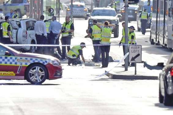 Des piétons fauchés par une voiture à Melbourne