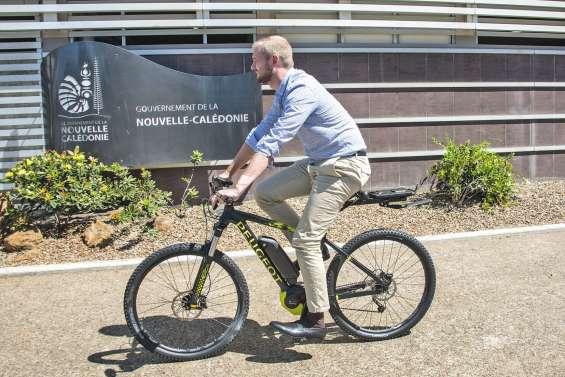 Le gouvernement s'équipe en vélos électriques