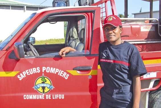 La double vie de Florenda, caissière et sapeur-pompier