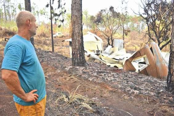 Systèmes d'irrigation et matériels agricoles détruits par les flammes