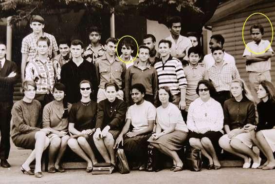 Deux camarades de classe  se retrouvent 52 ans après