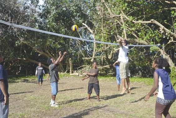 Une journée sportive à Koé