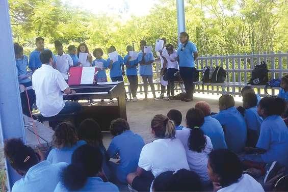 Les élèves du Sacré-Cœur accueillis en chanson