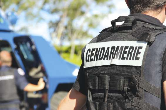 Il tire sur les gendarmes le jour  de l'anniversaire de sa fille