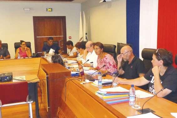 Eau potable, aires de jeux et wharf de Ouano au budget 2018