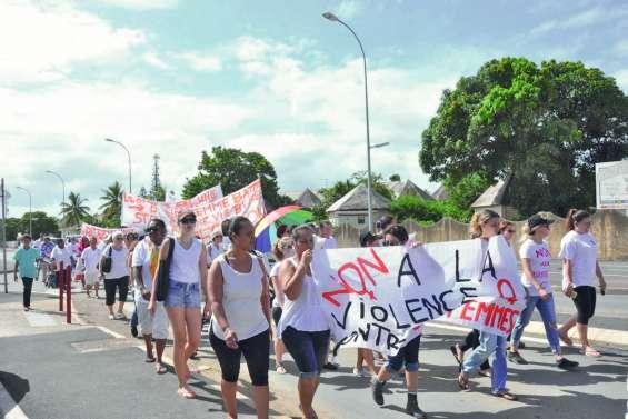 Une nouvelle marche contre les violences