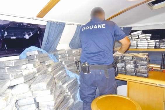 Stupéfiants : saisies records à Tahiti