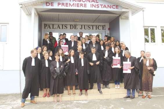 « Justice morte » : la  colère ne retombe pas