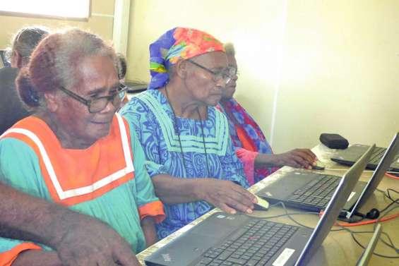 La caravane du numérique au service des seniors
