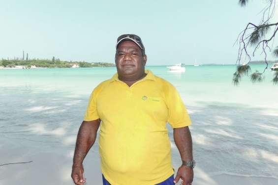 Désiré Apikaoua,  ambassadeur du lagon à Kunié