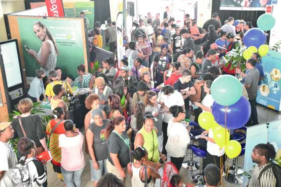Le Forum de l'emploi attire  une foule de demandeurs