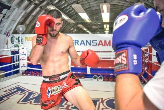 Deux combattants du Caillou sur les rings de Thaïlande