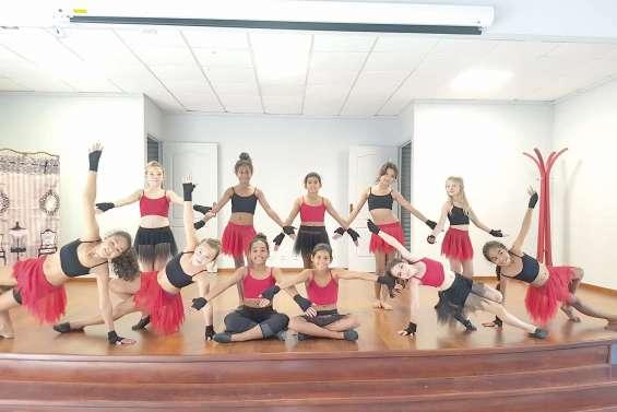 Les petites danseuses ne font pas le pont