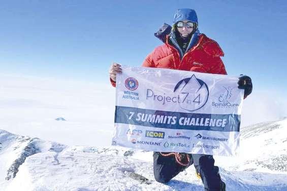 Un Australien bat le record des « Sept sommets »