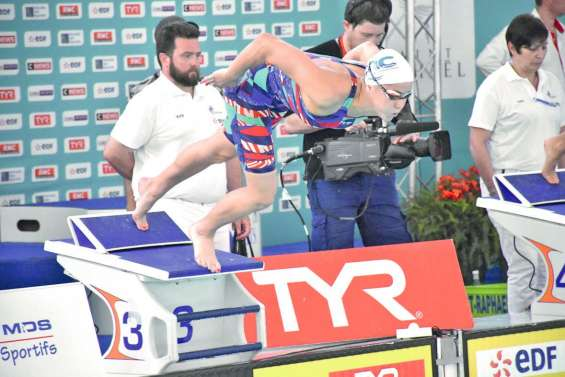 Lara Grangeon devient  aussi reine sur 1 500 mètres