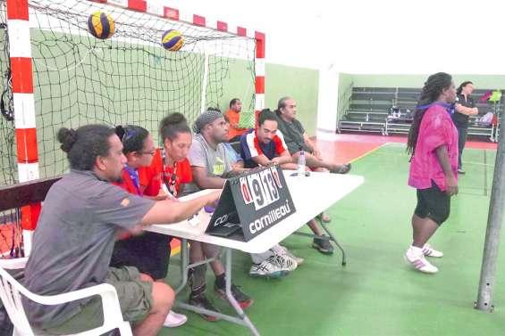 Des clubs de volley-ball en phase avec l'arbitrage