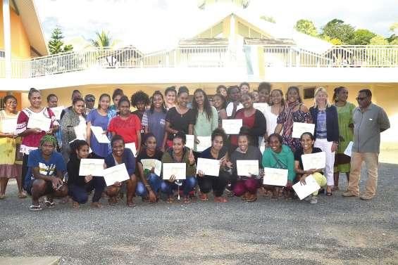 Remise de diplômes au lycée Antoine-Kéla