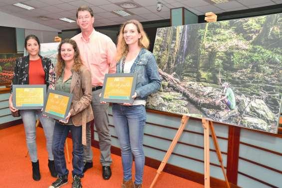 Le Congrès récompense les lauréats de son concours photo