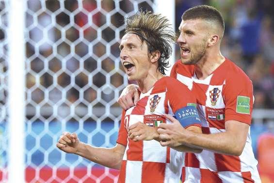 La Croatie commence par une victoire