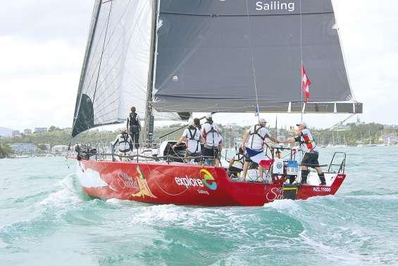 Le Kiwi Miss Scarlet et Franck Cammas remportent la 6e Groupama Race
