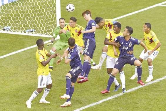 Un Japon historique surprend la Colombie
