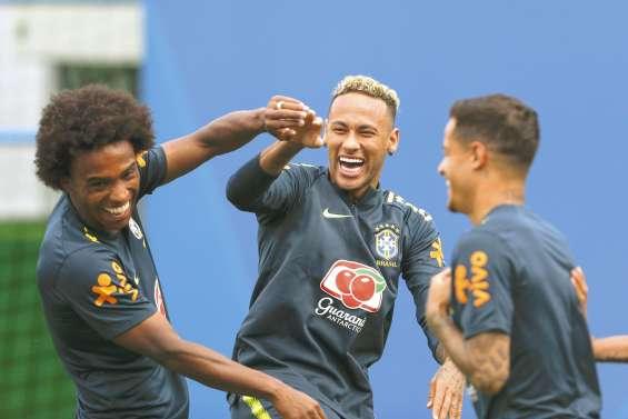 Neymar et Coutinho défient le Costa Rica
