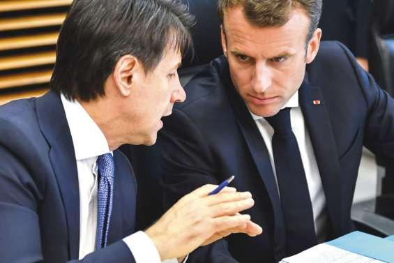 Migrations : Paris et Berlin veulent avancer sans attendre de consensus à 28