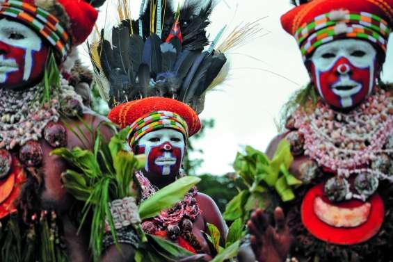 Voyage en pays papou,&discReturn;  terre de coopérations possibles