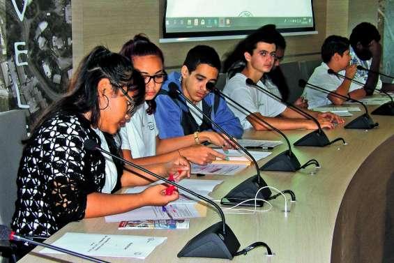 La nouvelle mandature du Conseil  des jeunes adopte ses premiers projets