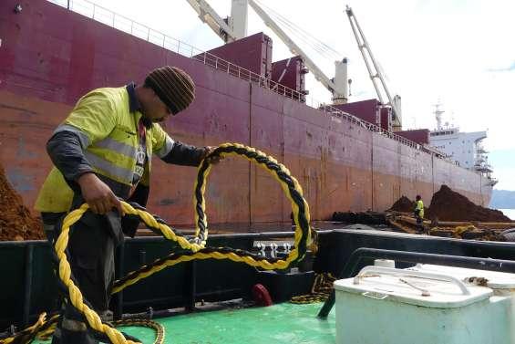 La SMSP charge le premier bateau  pour son usine en Chine
