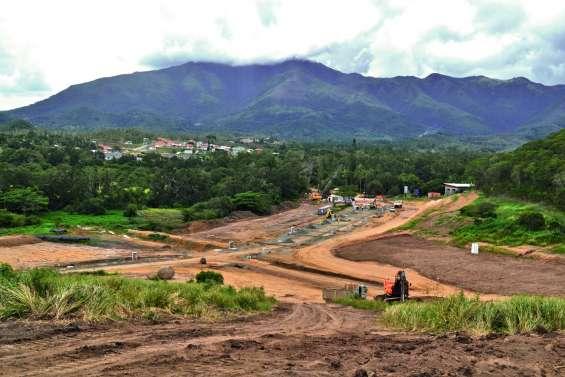 Au Mont-Mou, le chantier des Niaoulis continue sa progression