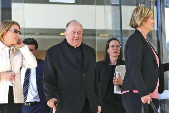 Couverture d'actes de pédophilie : un archevêque démissionne