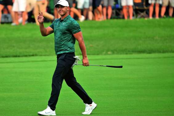 Koepka trop fort pour Tiger Woods