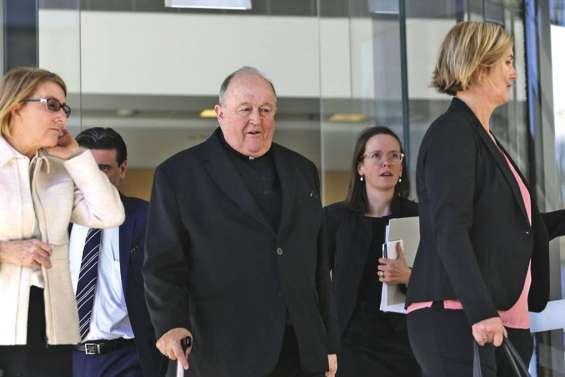 L'ex-archevêque évite la prison