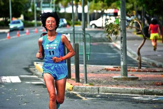 Le marathon de Nouméa  à la conquête du Pacifique