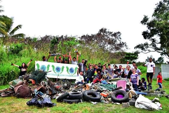 1,5 tonne de déchets derrière le lycée Champagnat
