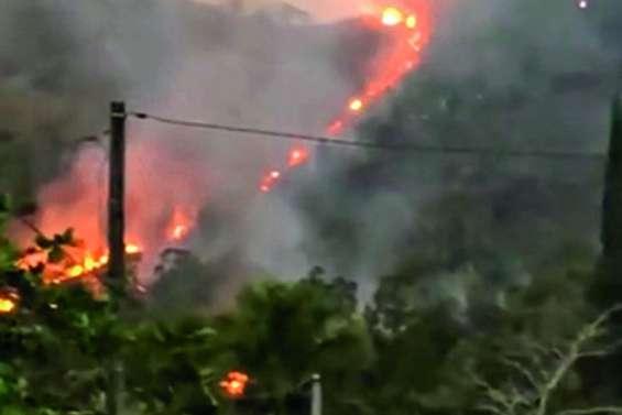 Un incendie ravage plus de 30 hectares à Dumbéa