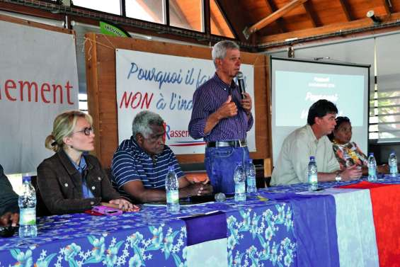 Meeting du Rassemblement à Lifou