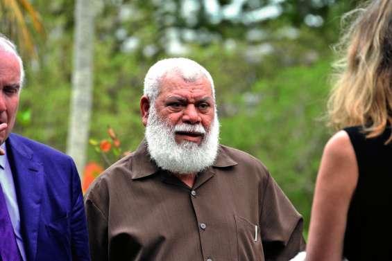 Conflit à Kouaoua : Paul Néaoutyine  s'en prend violemment à la SLN